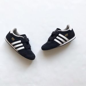 Adidas classic dragon velcro sneakers GUC size 8